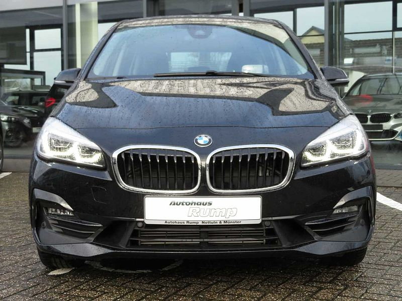 BMW 220i Gran Tourer Sport-Aut. Sport Line 7-Sitze, HEAD-UP, Pano, LED
